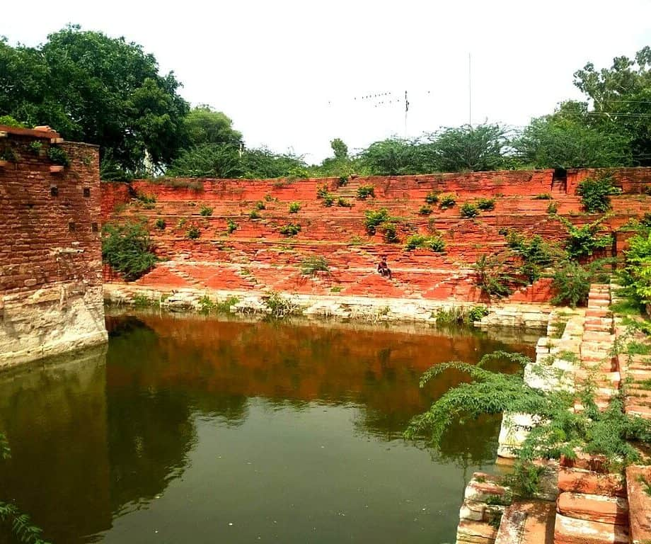 Jachcha Ki Baori in Hindaun City